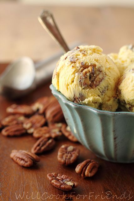 Homemade Browned-Butter Pecan Ice Cream