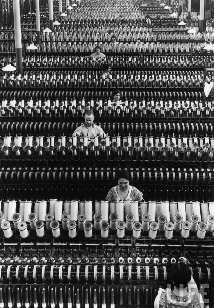 "Margaret Bourke-White - ""American Woolen Co.""  Lawrence, MA, 1935. S)"