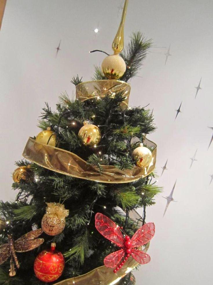 Negros en Pinterest | Navidad Negra, Árboles De Navidad y Navidad