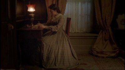 Caroline Martin as Dorothy Stanbury