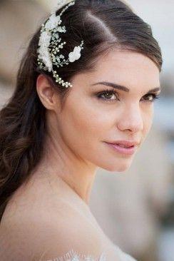 Anmutiger Brauthaarschmuck von Rhapsodie Paris Rhapsodie Paris http://www.hochzeitswahn.de/hochzeitstrends/inspirationssonntag-anmutiger-brauthaarschmuck-von-rhapsodie-paris/ #bride #wedding #jewellery