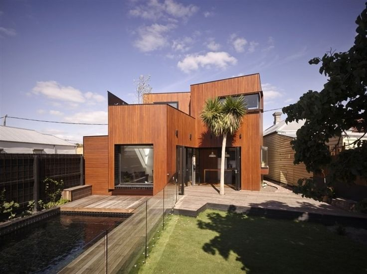 Barrow House at Brunswick, Melbourne by Andrew Maynard Architects