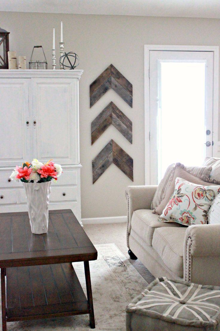Reclaimed Wood- Wooden Arrow Art Wall Hanging 3 Piece Set by boaboowedding on Etsy https://www.etsy.com/listing/204582817/reclaimed-wood-wooden-arrow-art-wall