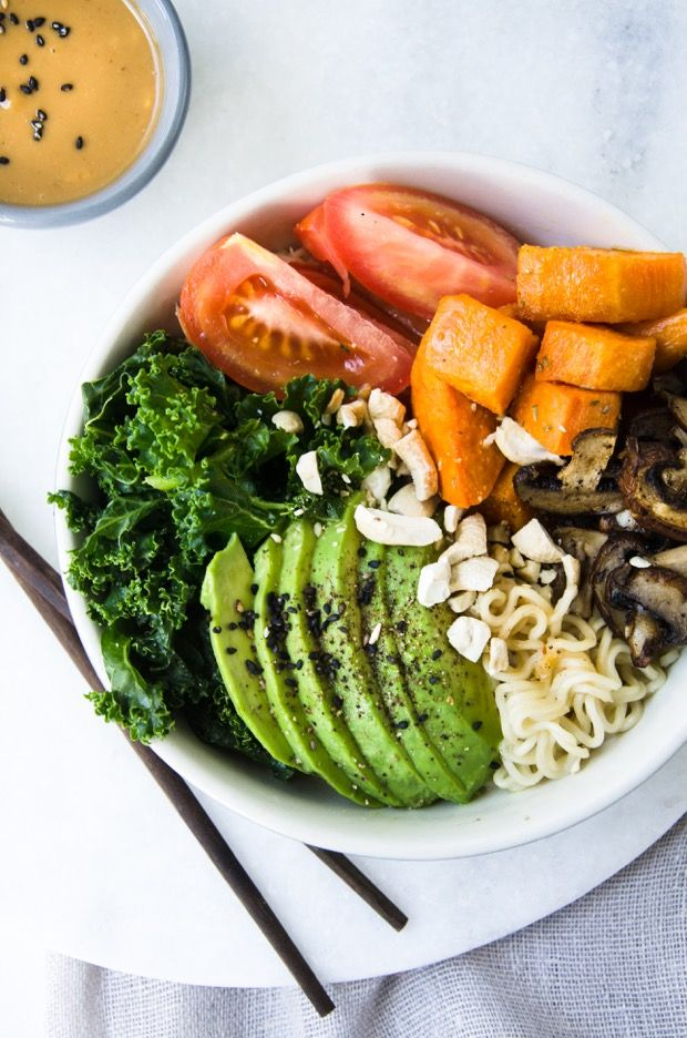 Veggie Noodle bowl with a Tangy Peanut Sauce | image courtesy of  Butterflyfood via @80twenty