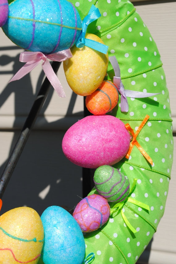 This is so stinking CUTE!!!    Easter Egg Hunt Wreath by YourDecoratedDoor on Etsy, $35.00