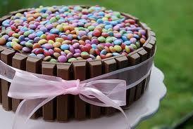 tortas decoradas para mujeres - Buscar con Google                                                                                                                                                     Más