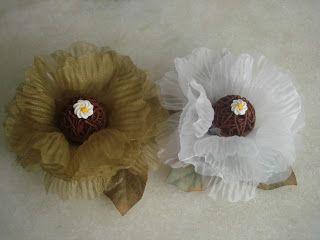 Forminhas para doces finosObra de Arte: lindas forminhas peônias em organza