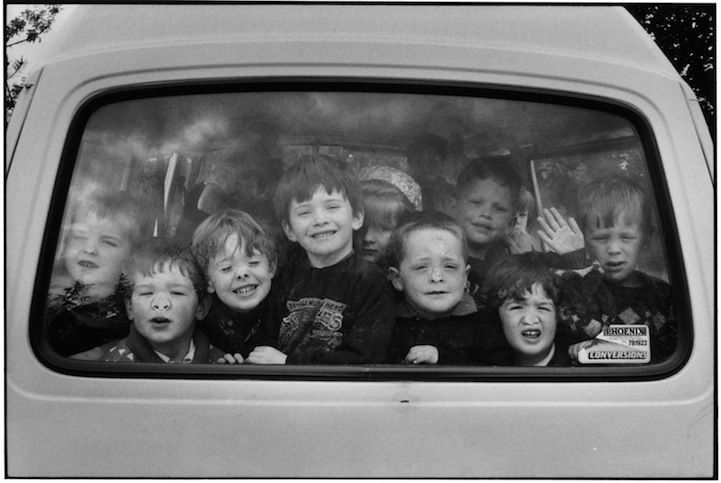 Elliott Erwitt's Hilarious and Heartwarming Photos - My Modern Metropolis