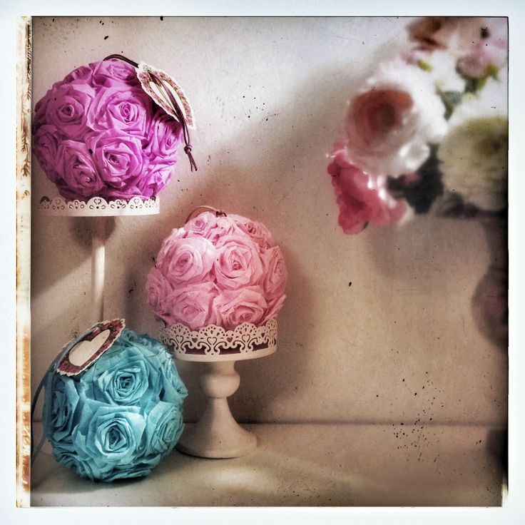 rose balls - kissing balls