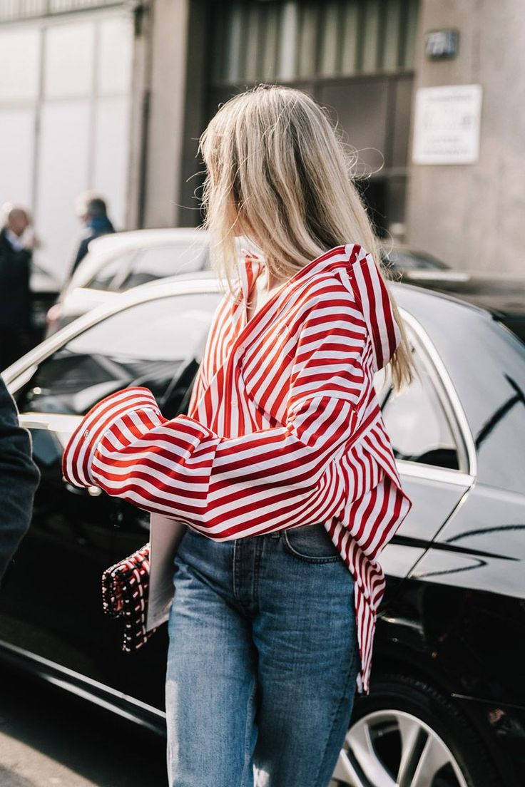 Blouse | Red & White | Denim | Streetstyle | Oversized | More on Fashionchick.nl
