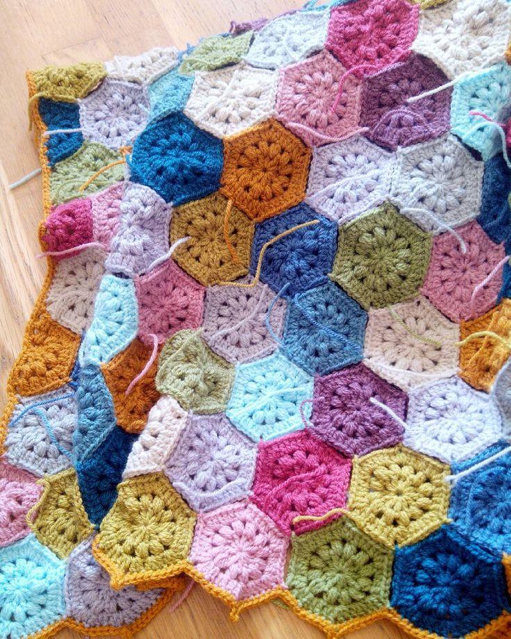 Irish Crochet Hexagon Afghan Patterns