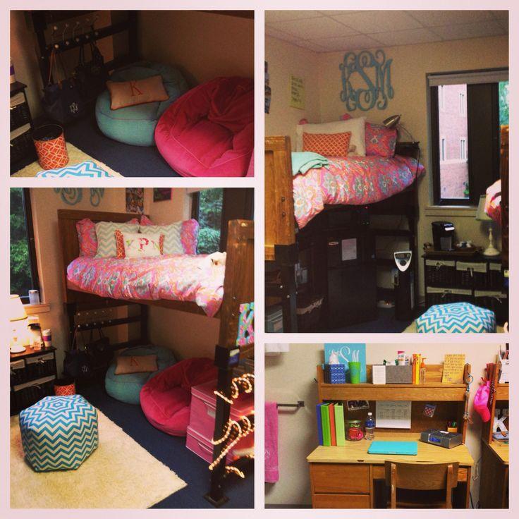 college life #dorm #UofR ❤❤ @Tessa McDaniel McDaniel McDaniel McDaniel McDaniel DeGeest we could do bean bags too instead of a futon!