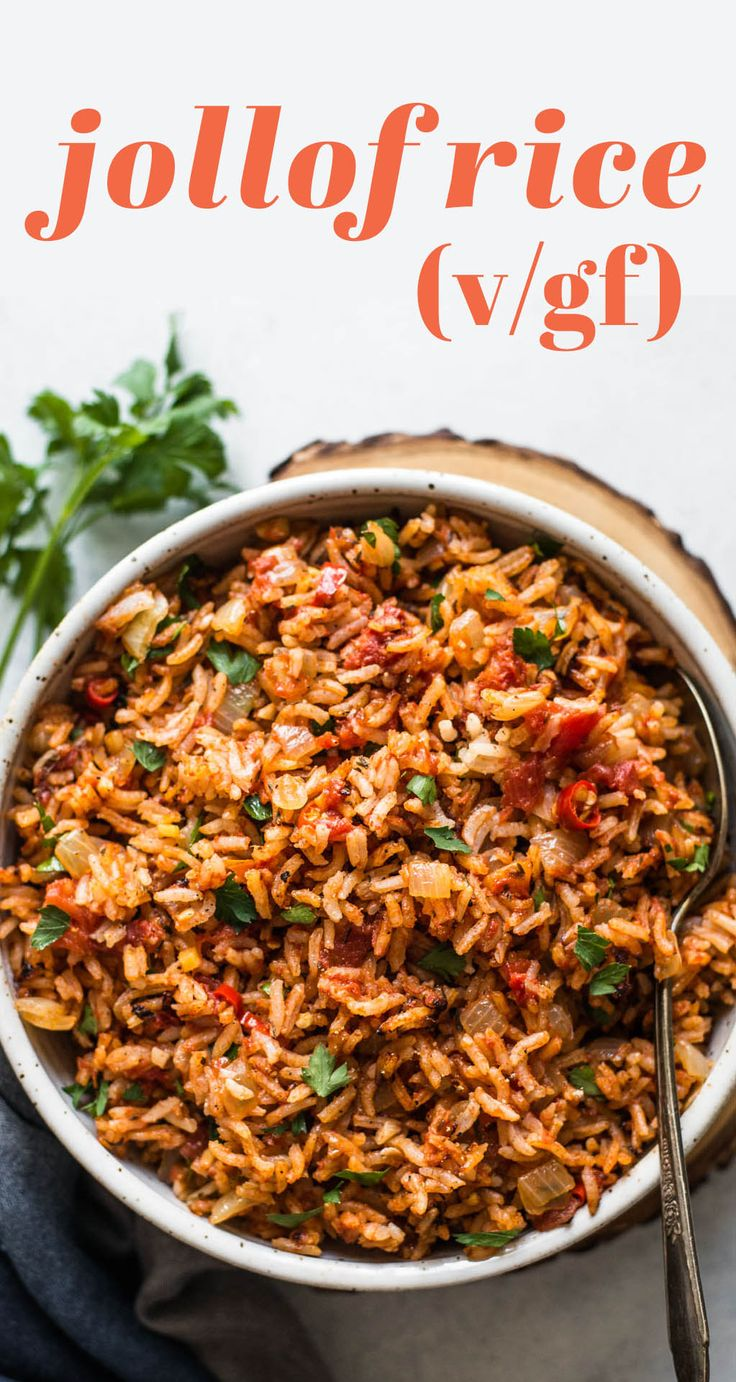 VEGAN Jollof Rice ready in 45 minutes! An easy one-pot dinner made with tomatoes, rice and spices!