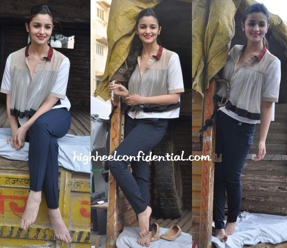 Cute, sheer top... loved the rajasthani  kamari angarakha touch to it