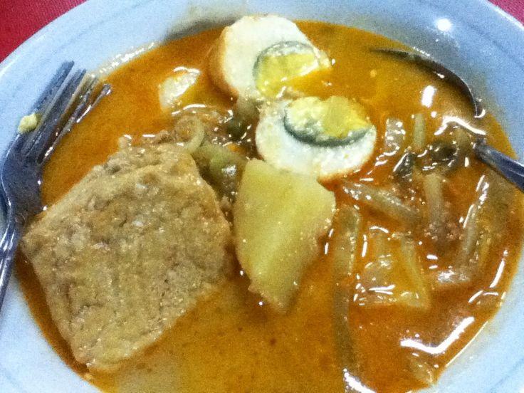 Lontong Sayur - Indonesian Food