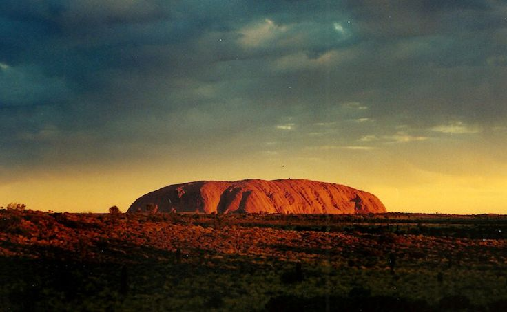 (IMAGE: Joanna Penn, Flickr).  By Harry Hobbs on April 18, 2016 Aboriginal Affairs OPINION: By allowing tourists to climb Uluru, Greg Hunt has doubled down on the problem underscoringIndigenous a… https://winstonclose.me/2016/04/19/not-content-with-wrecking-the-environment-greg-hunt-is-now-desecrating-sacred-sites-by-harry-hobbs/