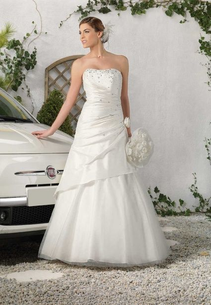robe de marie bustier ivoire collection 2013 point mariage doccasion - Point Mariage Chartres