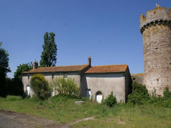 Ch teau vendre le breuil sous argenton 79150 79 deux s vres poitou charentes pinterest - Bassin ancien pierre vendre aulnay sous bois ...