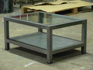 Mesas y sillas en metal de estilo industrial en hierro y madera envejecida ,: Mesas de centro de estilo industrial en hierro