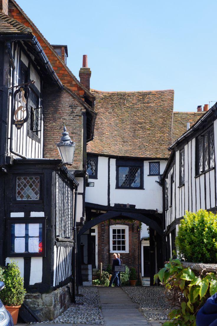 https://flic.kr/p/zKYd8V | DSC04699 Mermaid Inn, Rye, Kent England, 2015. Built in 14th Century.