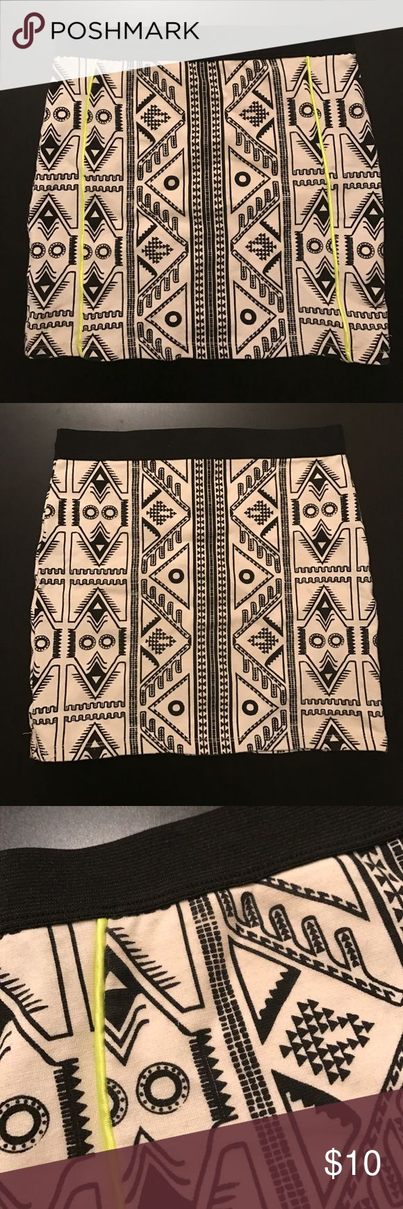 Tribal Print Bandage Skirt Black and cream tribal print bandage skirt with neon yellow lines on the front. Thick material with elastic band. From Zara in Spain. Worn once Zara Skirts Mini