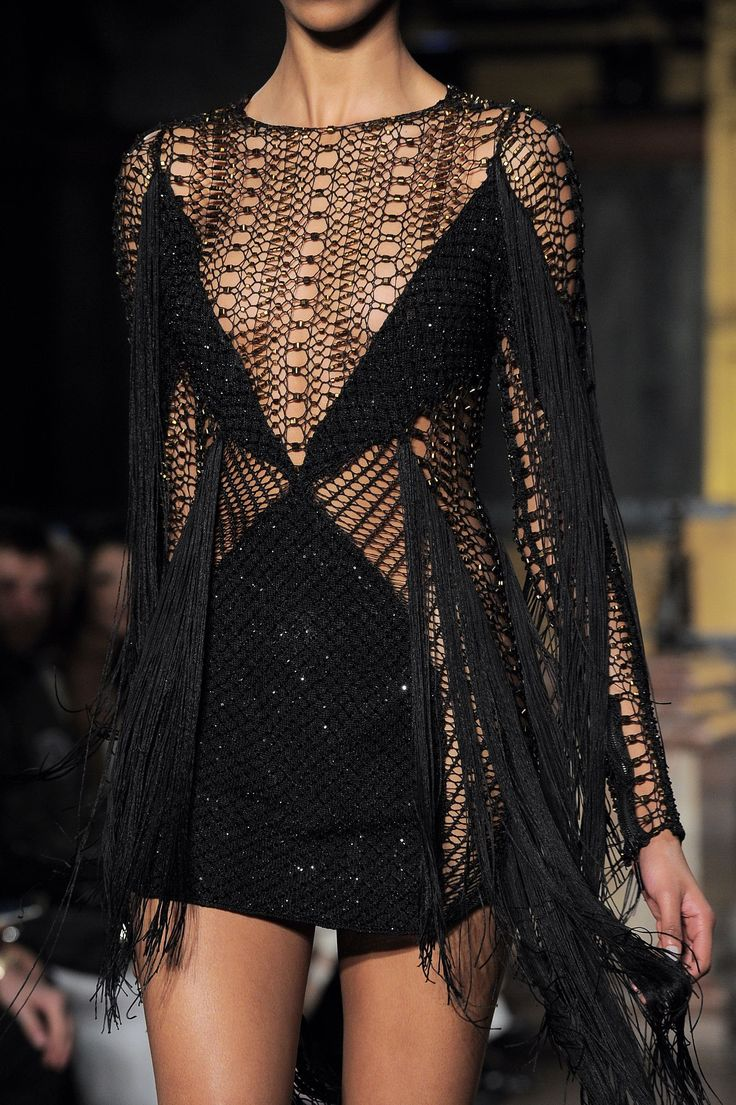 Julien Macdonald Fall 2016