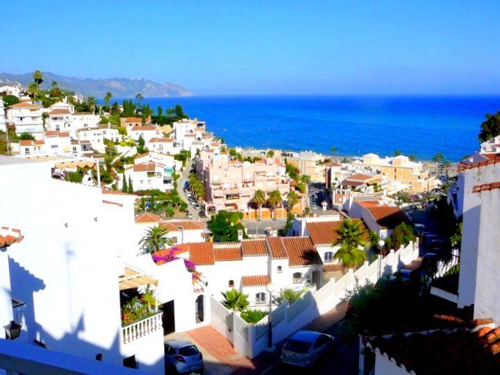 No car needed: Visit beachside Nerja from Malaga