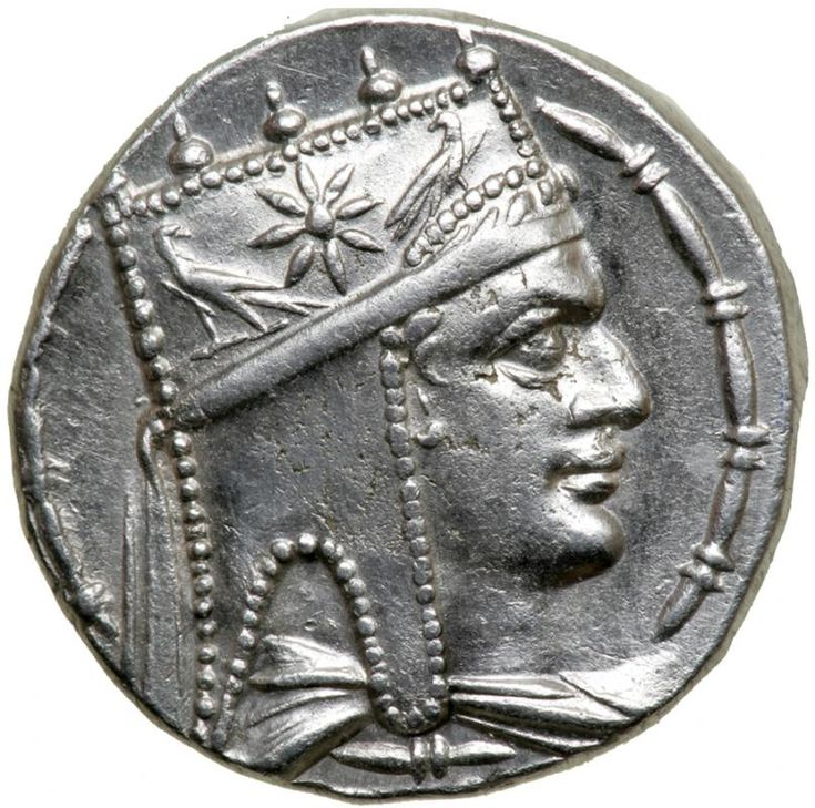 Armenia, Artaxiad Kingdom. Tigranes II 'the Great'. Silver Tetradrachm (15.8 g), 95-56 BC.. EF Antioch on the Orontes. Diademed and draped bust of Tigranes II right, wearing tiara decorated with star between two eagles. BAΣIΛEΩ-Σ / TIΓPANOY, Tyche seated right on rock, holding laurel branch; below, river-god Orontes swimming right; inner right field by leg, small Θ; on rock below, HΔ monogram; all within wreath. SCADA grp. 2, dies A31/P88; Bedoukian 19; Nercessian 31. Quite rare in this…