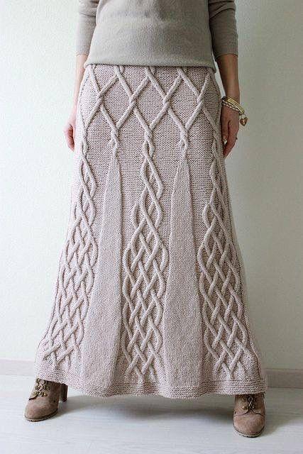 Inspirerande stickad kjol .
