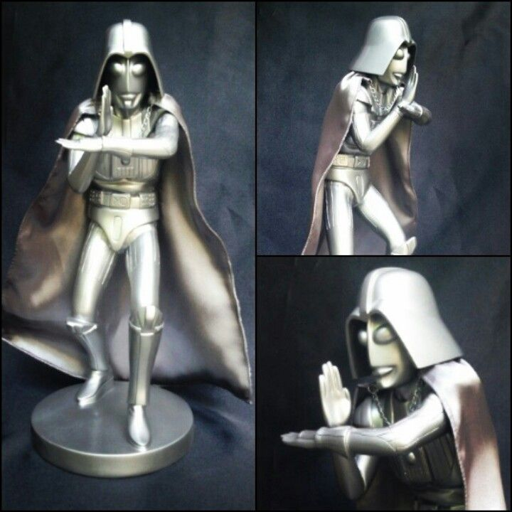 """""""LordUltra"""" silver space edition, 14inch resin figure, limited to 3pcs only. abelloctovan@gmail.com for more info."""