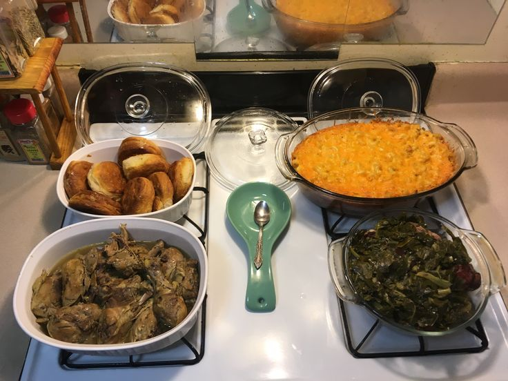 Lets Rock out with stewed chicken 🍗, baked macaroni and cheese 🧀, collard greens with turkey 🦃 bones, & flaky biscuits (I eat them for breakfast too). Sunday dinner is served. Todd Taylor hurry home.