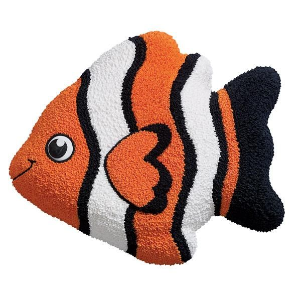 Tropical Fish Cake - Guests will school around this strikingly striped swimmer. Amplify a Tropical Fish Pan cake's impact by decorating the cake with three high-contrast icing colors.