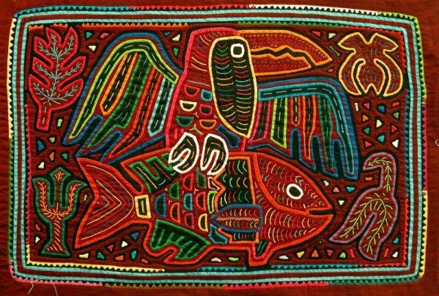 Mola hecha por una mujer Kuna en Panamá.