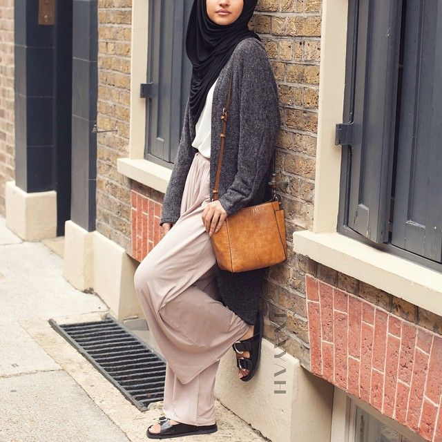 INAYAH   Charcoal Long Cardigan #Cardigan + White Crepe Top + Stone Palazzo + Black Maxi Jersey Hijab #Hijab #white www.inayahcollection.com #modestfashion #modesty #modeststreestfashion #hijabfashion #modeststreetstyle #modestabayas #modestdresses
