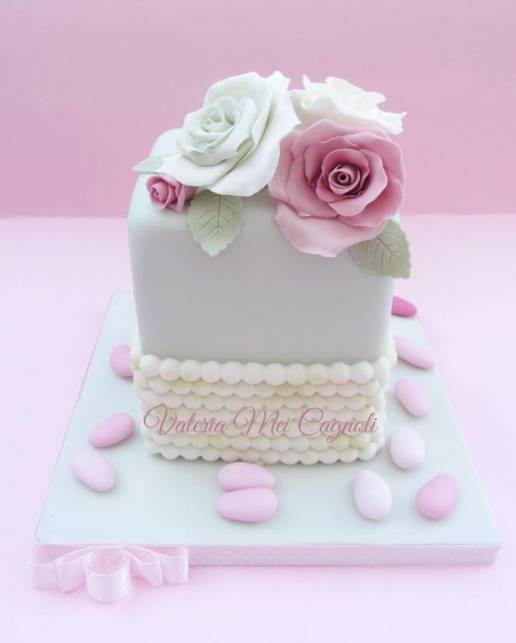 Simple green rose cake.