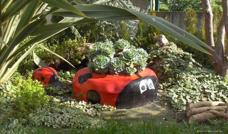 Best 20 tire garden ideas on pinterest - Idee deco jardin avec recup ...