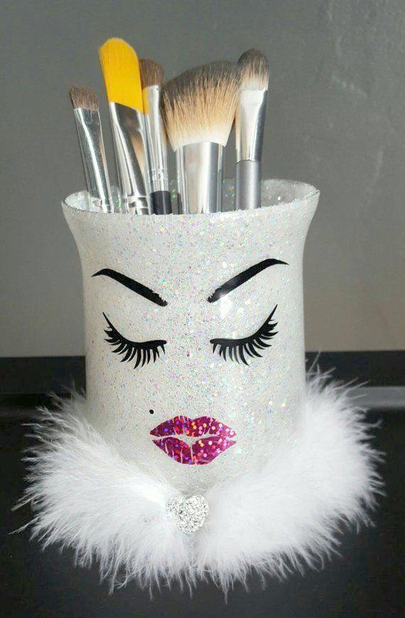 Make-up Bag Brautjungfer in Make-up Revolution definieren und verbergen Foundation   – Makeup Brushes Holder