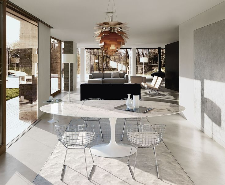 Quarry To Table: A Story In Stone   Marble-topped Saarinen Dining Table in a residential dining room   PC: Knoll Studio   Knoll Inspiration
