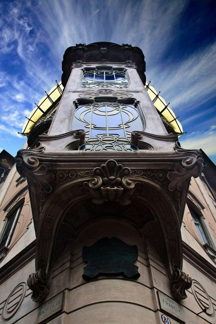 Casa di Fenoglio - La Fleur - Via Principi d'Acaja #Torino #Liberty