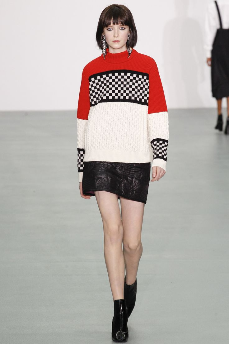 Модный свитер 2017 с цветным орнаментом - фото обзор коллекции Ashley Williams.
