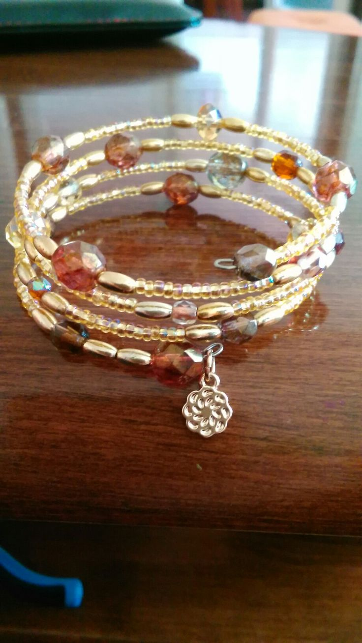 Zlato-hnedý náramok,memory wire bracelet