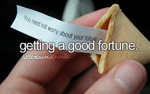And just the taste of the fortune cookie in general that I LOVE!!! <3 I have no idea why though.