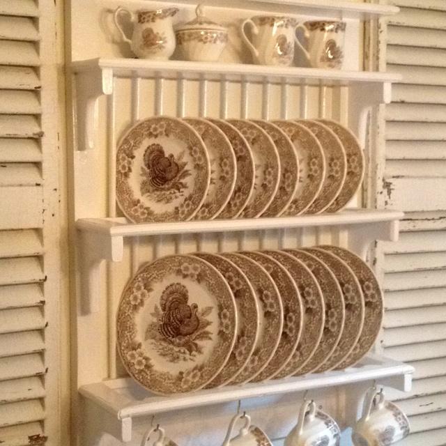 Vintage Plate Racks 115