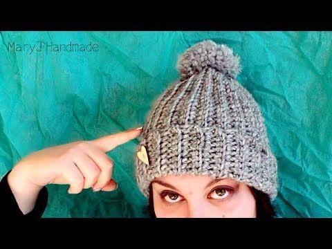 Salve a tutti e benvenuti in questo nuovo video! Oggi vedremo insieme come realizzare all'uncinetto un cappello semplicissimo, ma molto molto grazioso! E' un...