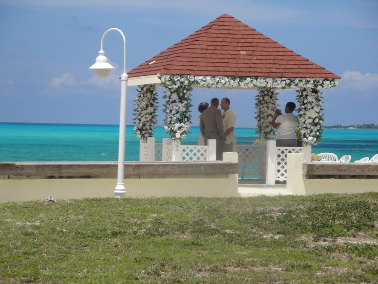 Breezes Bahamas Caught A Wedding Being Performed