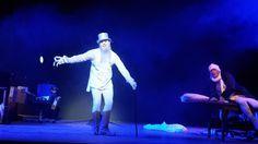 Eine Weihnachtsgeschichte von Charles Dickens - Schauspiel Frankfurt mit Tuncer?
