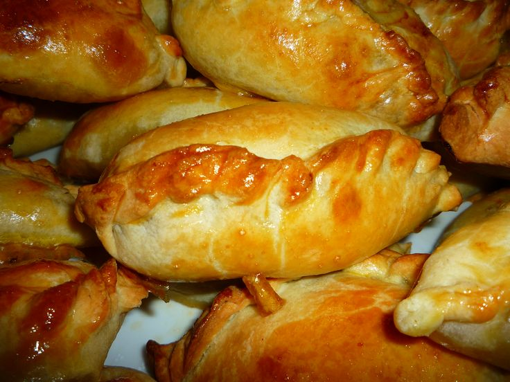 KIBINAI pastry with mutton and onions, a Karaite dish Kibinai Very similar to Cornish pasties, kibinai are filled with mutton (or pork, or chicken) and are delicious, though very hot. They are not traditionally Lithuanian but have been in the country for around 500 years.