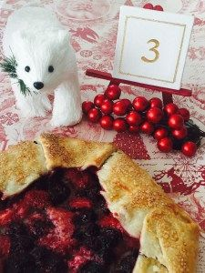 What's more better than 1 berry pie?  Three berries pie!!