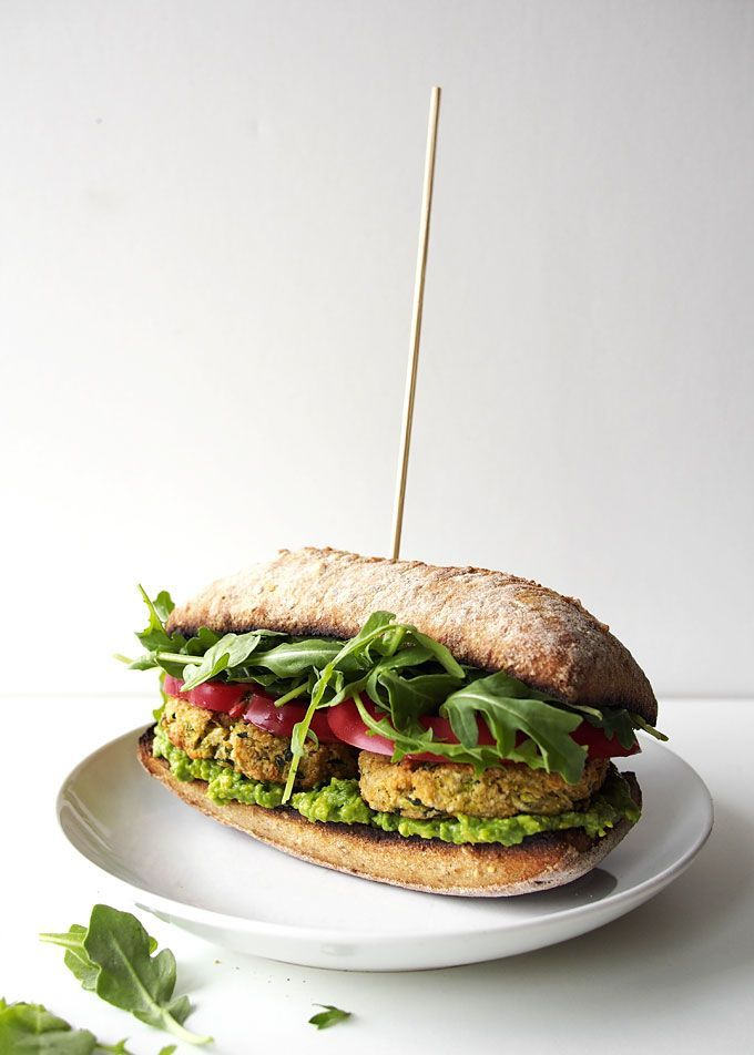 Zucchini Chickpea Cashew Patty Sandwich. | healthy recipe ideas @xhealthyrecipex |