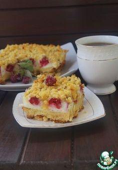 Тертый пирог с безе и малиной - кулинарный рецепт